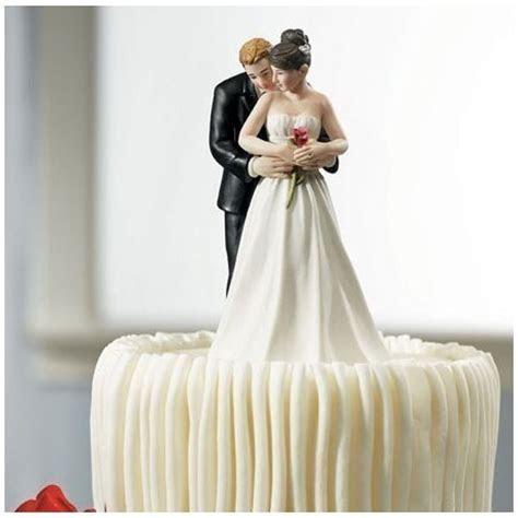 Figurine gateau mariage couple romantique sujet gateau rose