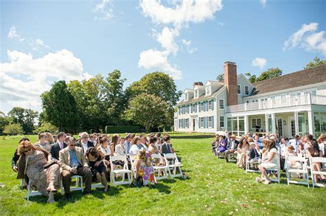 Outdoor Wedding Photos in the Hamptons ? Private Residence