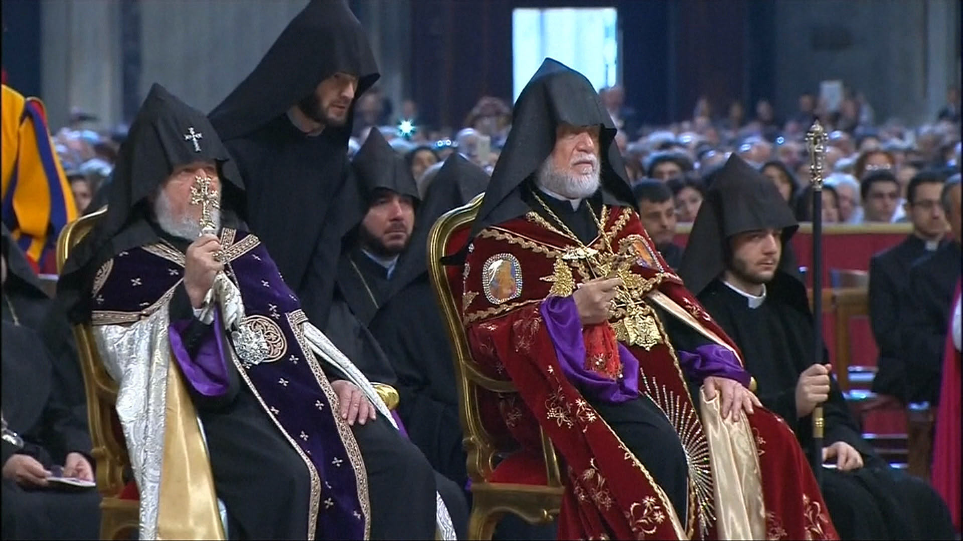 http://media2.s-nbcnews.com/i/MSNBC/Components/Video/__NEW/f_fh_pope_armenians_150412.jpg