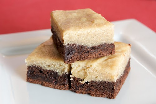 black bottom blondies