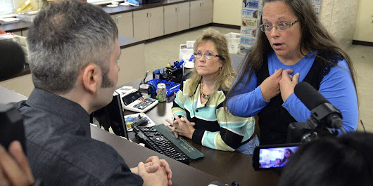 "Kim Davis Has No ""Right"" to Refuse Marriage Licenses to Gay Couples; Her Choice Is to Do Her Job or Resign 