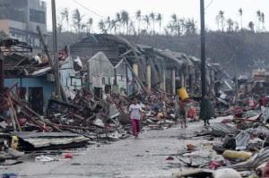 philippines-typhoon_jpeg62-620x412