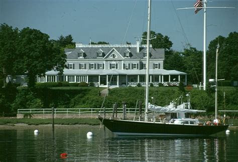 yacht club oyster bay ny