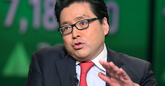 Struggling bitcoin will double by mid-year, Wall Street's Tom Lee says