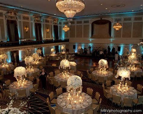 Rochelle & Adam?s Winter in Wonderland Wedding at