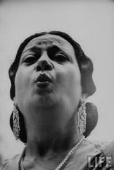 Thuma singing