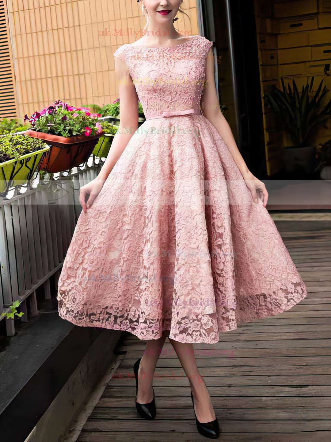 http://uk.millybridal.org/product/a-line-scoop-neck-lace-with-sashes-ribbons-tea-length-lace-up-sweet-prom-dresses-ukm020102877-18274.html