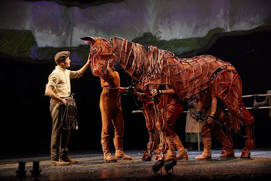 REVIEW: 'War Horse' - Milton Keynes Theatre, September 2018 - Georgina Butler