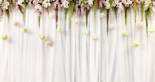 3 Tips for Brides Searching for the Perfect Flower Arrangements