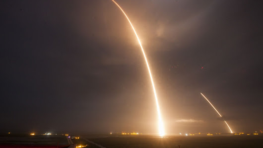 SpaceX captured the Falcon 9 rocket's launch and landing in one photo