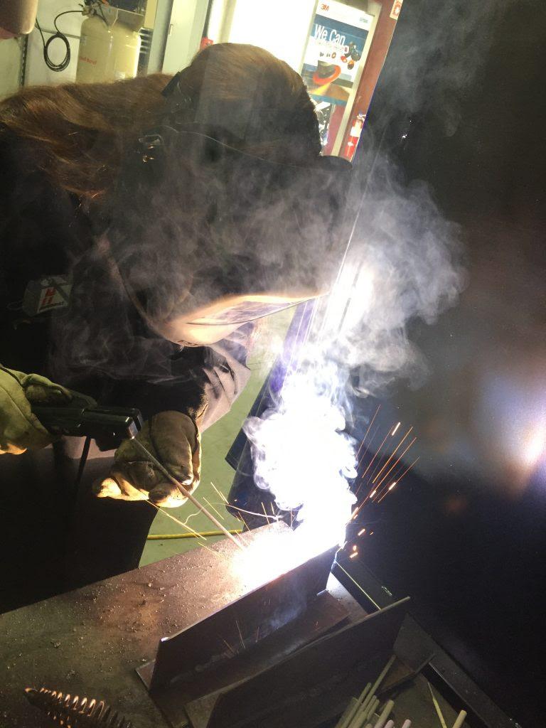 How Shielded Metal Arc Welding (SMAW) Works? - The Welding Master arc welding process efficiency