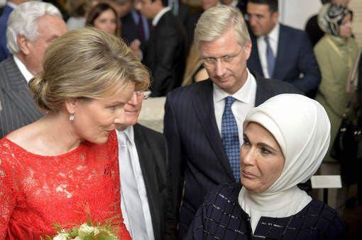 photo erdogan_wife_zpsklujtae9.jpg