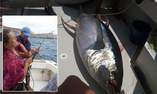 Reluctant teenage girl caught 250lb tuna on her first ever fishing trip with her father