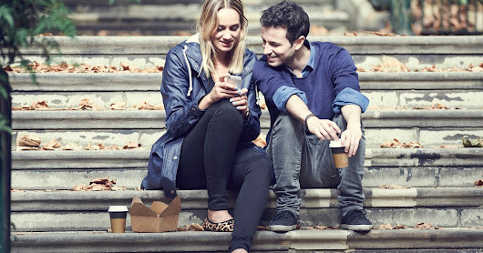 Your Phone Habits May Be Damaging Your Relationship