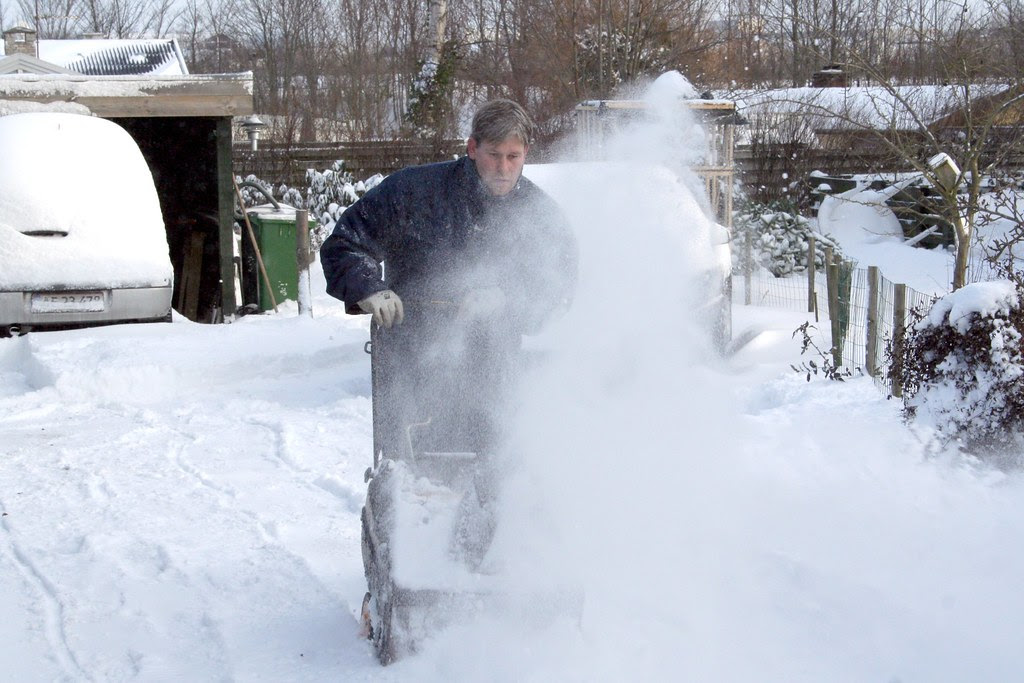 Snow-work