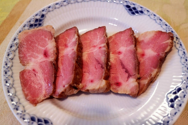 80点 豚肩ロース 国産 肉の断面