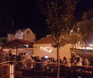 Θεσπρωτία: Μεγάλη συμμετοχή από παιδιά και γονείς στην προβολή ταινίας στο Λαδοχώρι