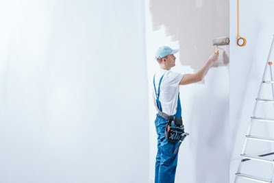 Picking A Painting Contractor For Your Summer Projects