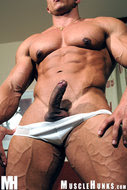 Chico negro desnudo 15