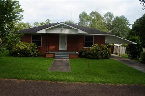 1216 SCOTT Ave., Prentiss, Mississippi, For Sale by Mary Frelix