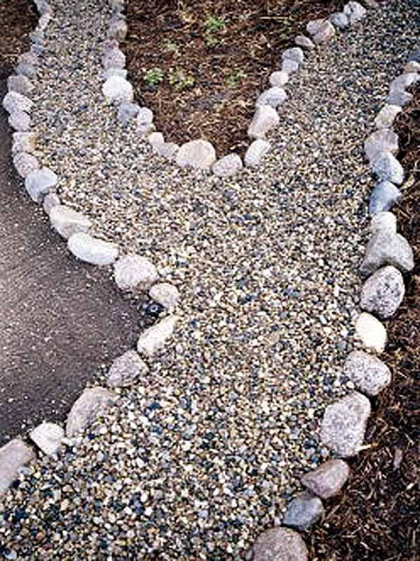 25-Lovely-DIY-Garden-Pathway-Ideas-19