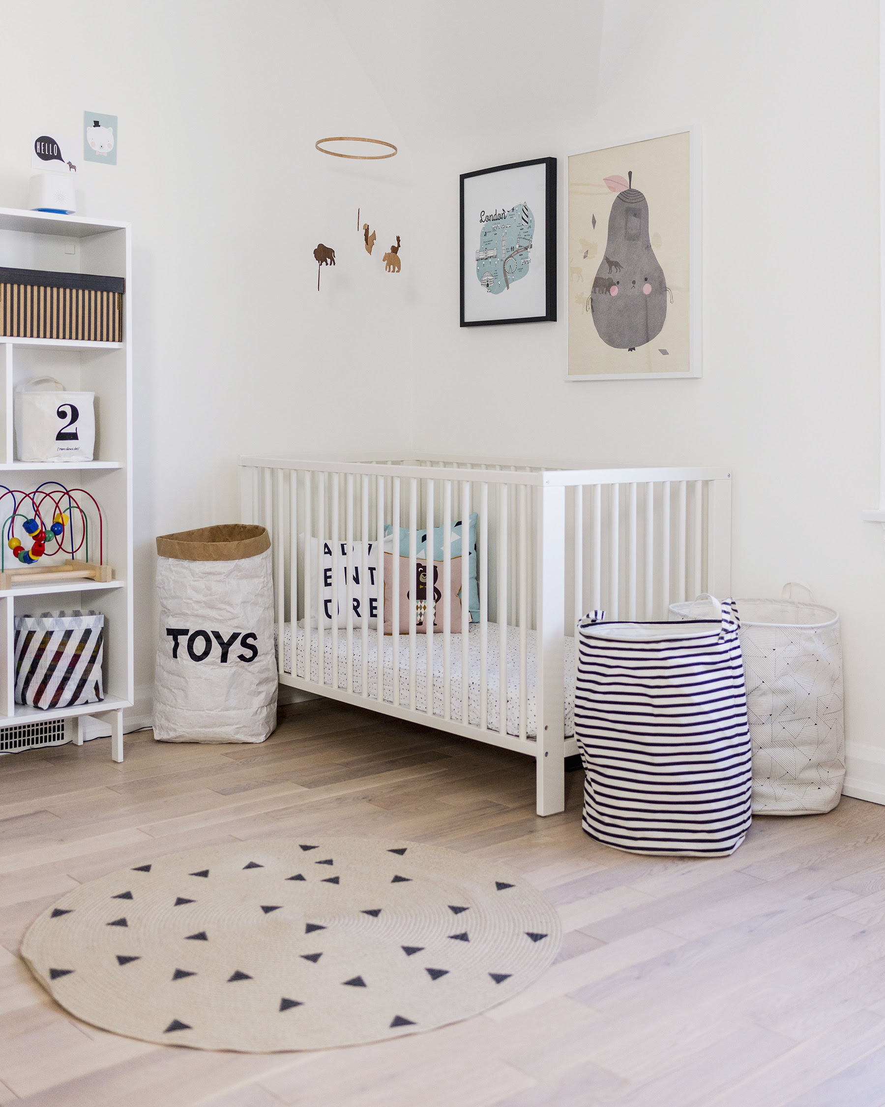 scandinavian nursery toy bags