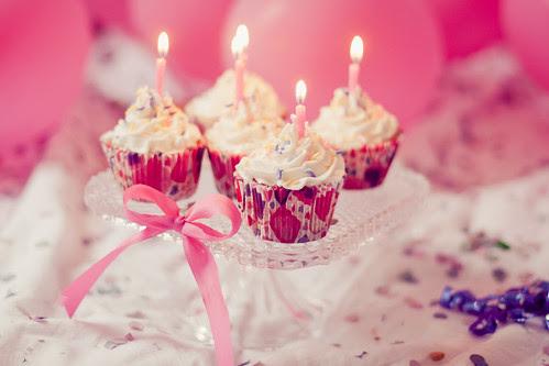 11/52 - Happy Birthday