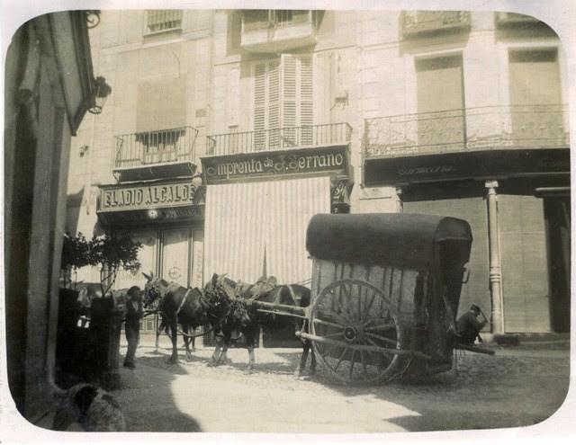 Plaza de las Cuatro Calles en junio de 1905. Fotógrafo anónimo. Colección Luis Alba. Ayuntamiento de Toledo