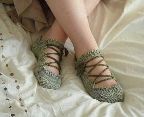 Knitting pattern PDF elven slippers fun cute