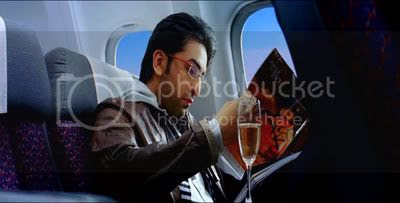 http://i347.photobucket.com/albums/p464/blogspot_images1/Bachna%20Ae%20Haseeno/48.jpg