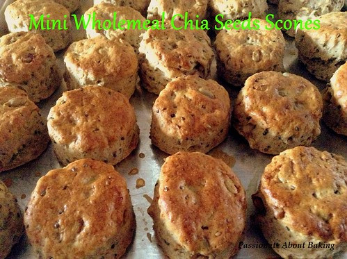 scones_wholemealchiaseeds01