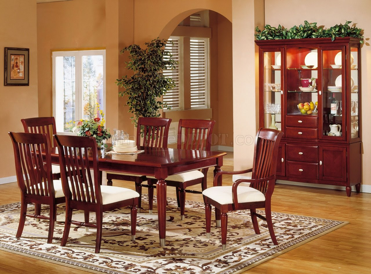Cherry Finish Casual Contemporary Dining Room w/Chrome Accents