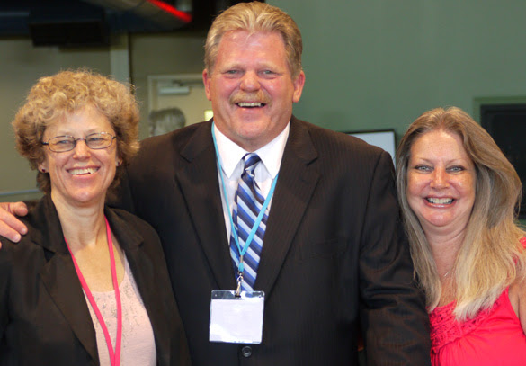 Leslie Kean, Ken and Patty Senter
