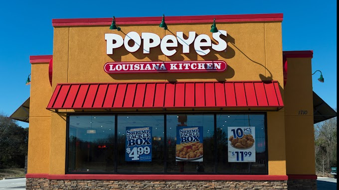 TREND ESSENCE: Popeyes' culinary chief explains secret behind chain's chicken, shares roasted thigh recipe