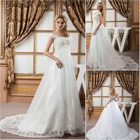 Empire Waist Plus Size Wedding Dress 2013  love the Lacey