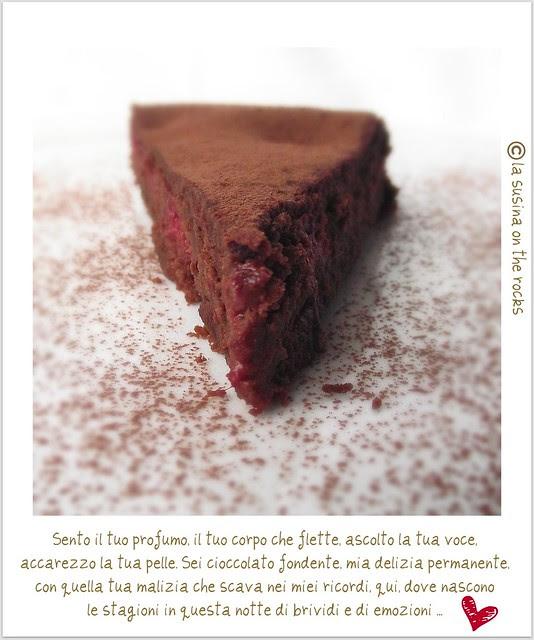 dolce al ciocco fondente e lamponi