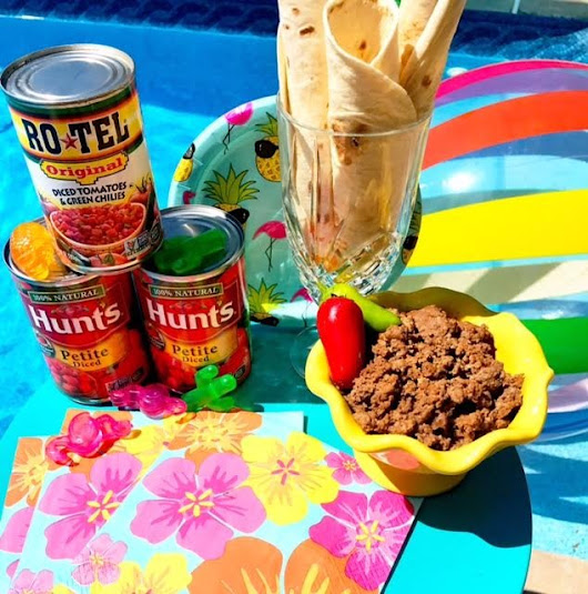 Taco Tuesday Poolside - Lindsey Andrews