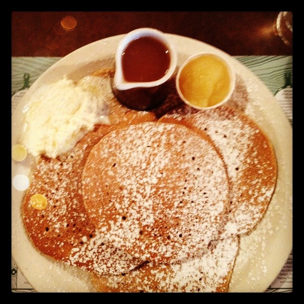 Sugar and spice pancakes with applesauce