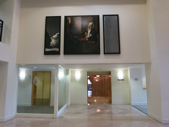 IMG_0303-2013-05-01-Atlanta-Biltmore-Hotel-Lobby--WOMAN-HOLDING-A-BALANCE-Vermeer-big-copy