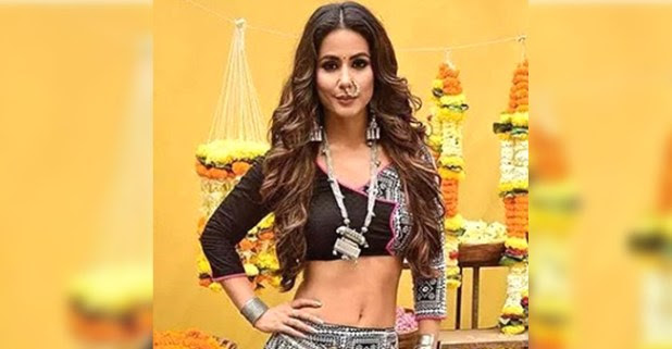 Brace yourselves guys as Hina Khan is all set to make an entry in tonight's episode of KZK 2