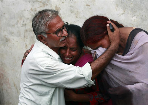 Pakistan Floods - Is Indian Media Blacking Out Pakistan's Worst Natural Tragedy