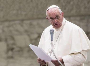 Papa Francisco se diz preocupado com armas nucleares: 'Eliminação total'