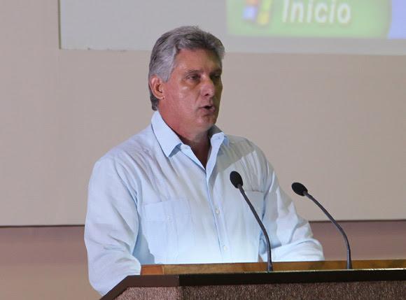 Miguel Díaz-Canel  primer vicepresidente cubano deja inaugurado Festival de la Radio y la Television cubana. Foto: Ismael Francisco/Cubadebate.