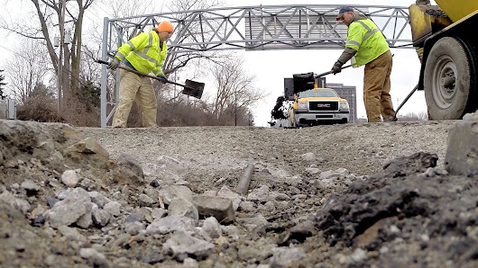 SEMCOG says Southeast Michigan roads are getting worse.