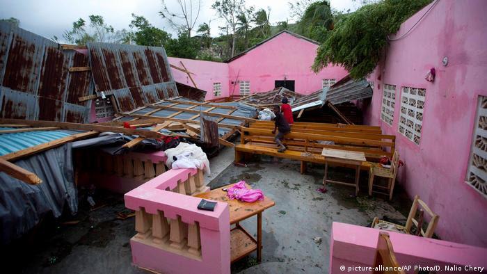 Haiti Hurricane Matthew Folgen (picture-alliance/AP Photo/D. Nalio Chery)