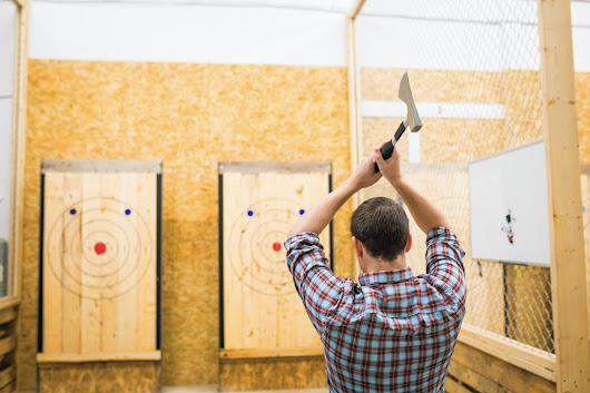 Axe throwing — the 'modern day bowling' — coming to Chicago