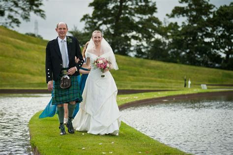 Humanist Weddings in Scotland: Fiona and Steve's Humanist