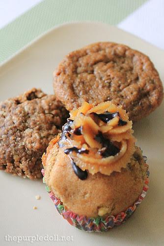 Vegan Oatmeal Choco Chip Cookie, Choco-Banana Muffin and Banana Choco Peanut