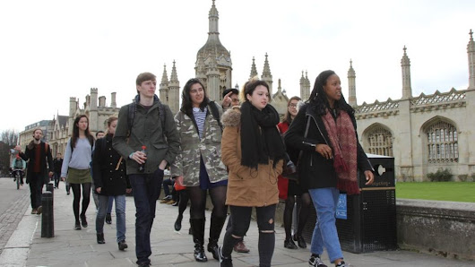 Cambridge intake no longer most privately educated - BBC News