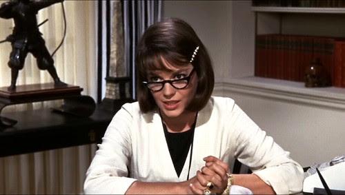 sexsinglegirl_nataliewhitedoctorcoat+glasses